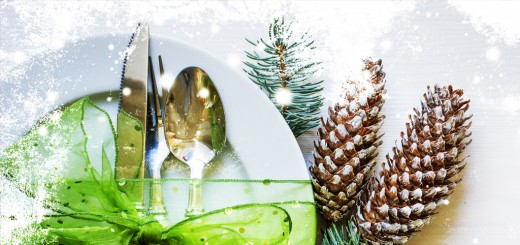 Holiday place setting - image